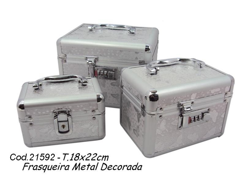 PDSHOP - PARANA DISTRIBUIDORA DE BRINQUEDOS LTDA - FRASQUEIRA METAL DECORADA C/3 PCS CENTRO OES